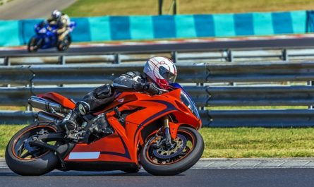 fan de moto et deux roues