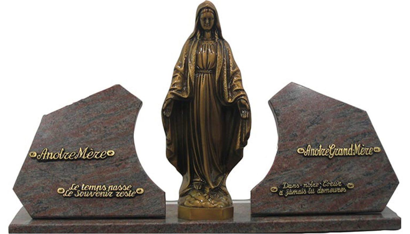 Commémorer une vie par une plaque funéraire