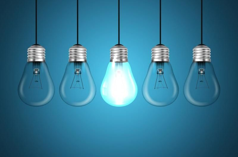 Pourquoi les ampoules de votre maison brûlent si vite ?